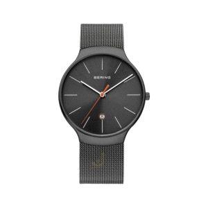 Reloj Cab. negro con fecha y milanesa