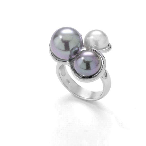Anillo de plata con tres perlas tricolor