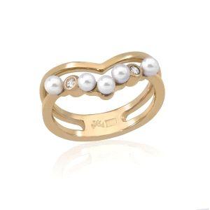 Anillo de plata con baño oro con perlas