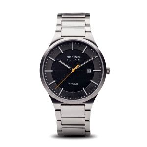 Reloj hombre negro solar de titanio