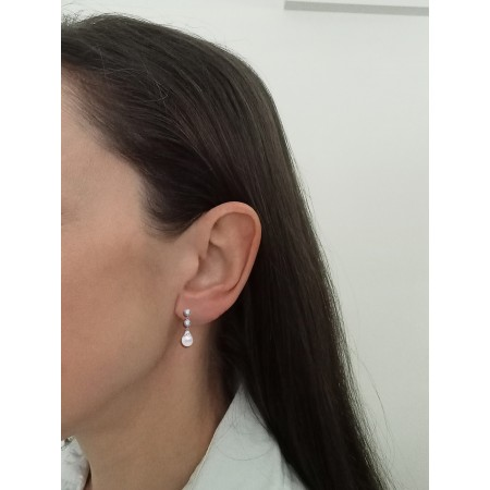 Pendientes de perlas con circonitas montados en Oro Blanco 18kt.