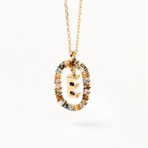 Gargantilla con inicial E de plata dorada y semipreciosas