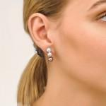 Pendientes omega de plata y perla gris