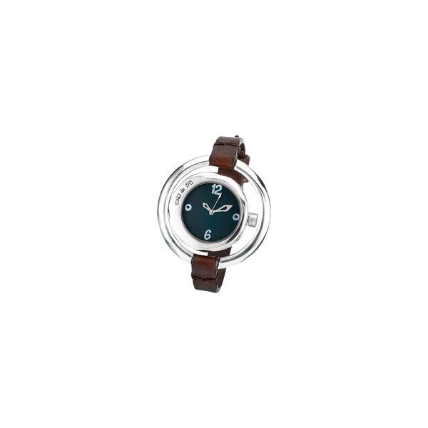 Reloj -A tiempo- plateado con cuero